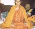 龙婆碧娜大师在佛历2505年制造和加持自身牌